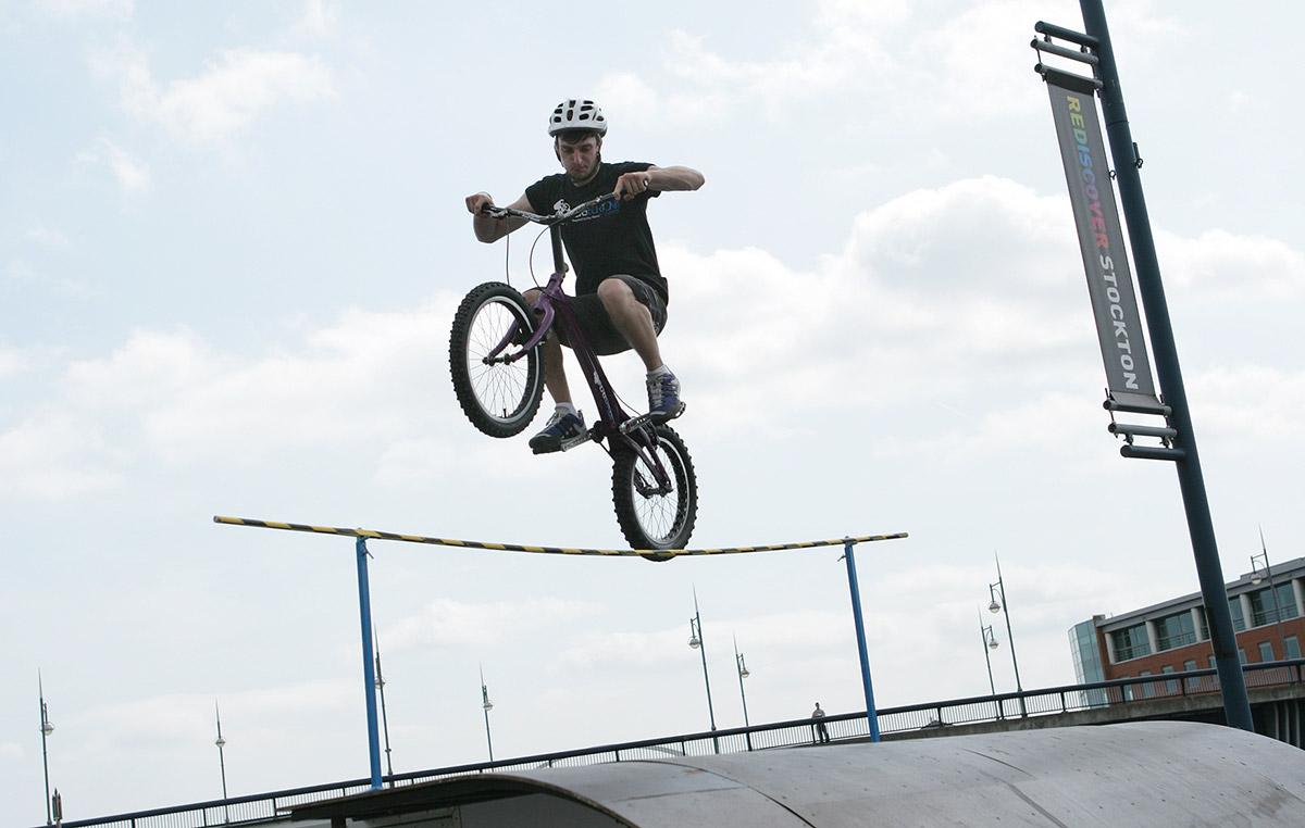Stockport Enduro BMX Tricks